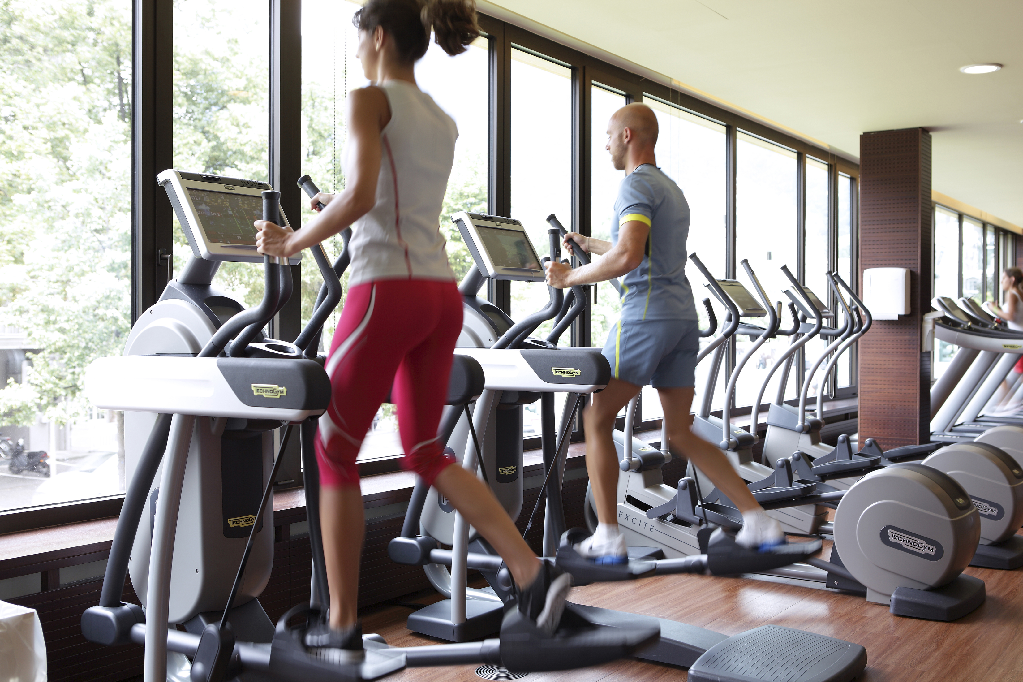 Various types of discounts in fitness centers